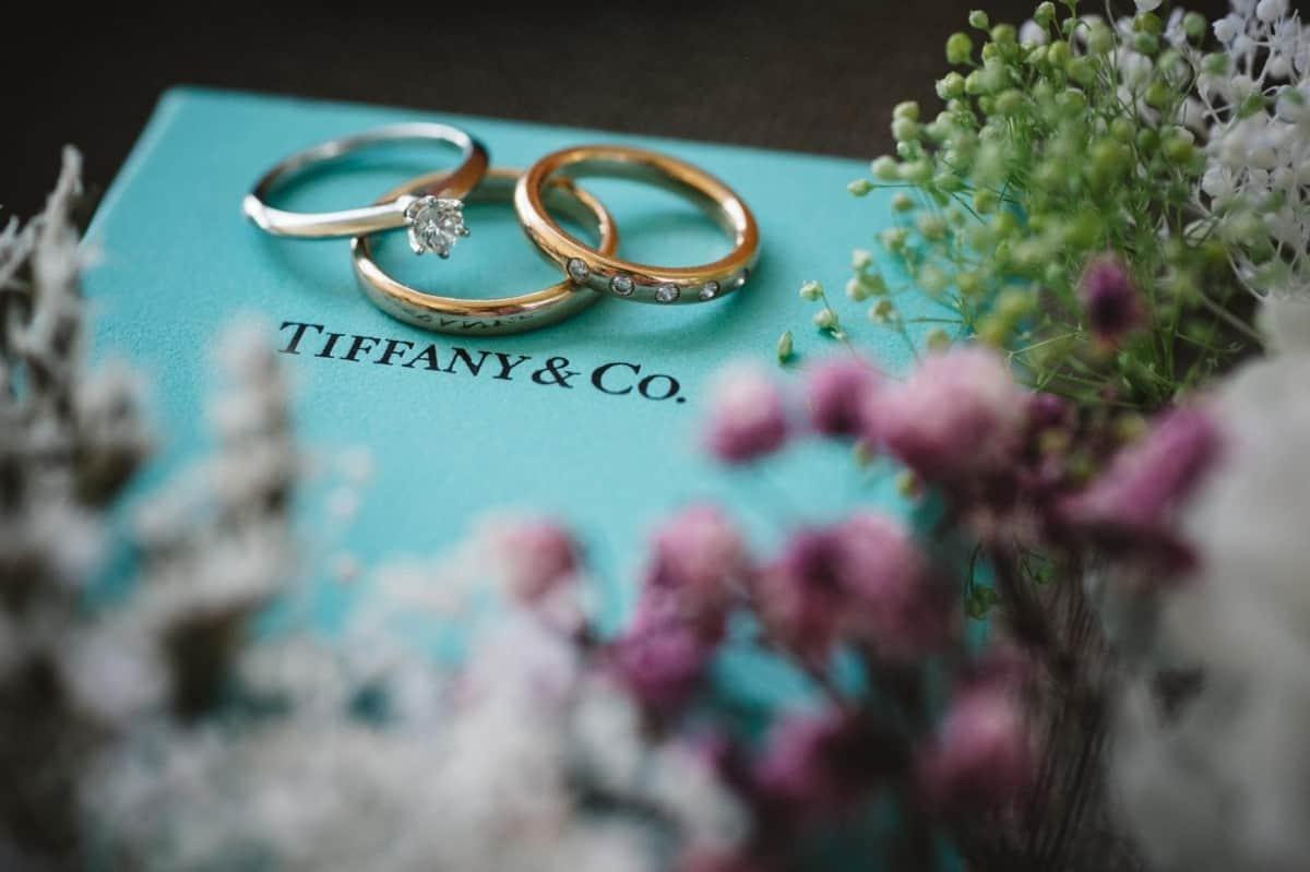 結婚指輪はティファニーを選びました♡話題の芸能人・有名人まとめのカバー写真 0.6658333333333334