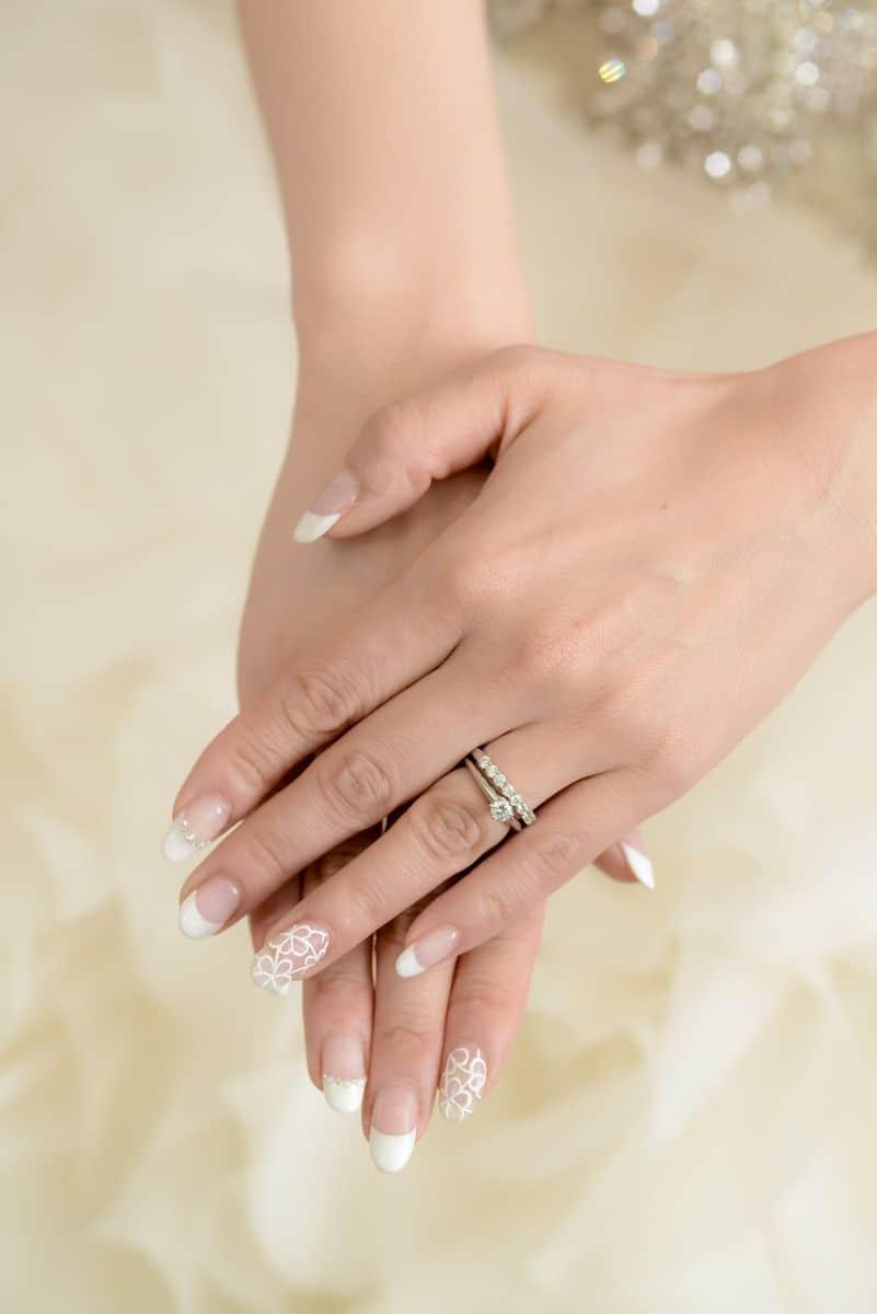 結婚指輪は重ねづけできるセットリング♡人気ブランド9選のカバー写真 1.4981273408239701