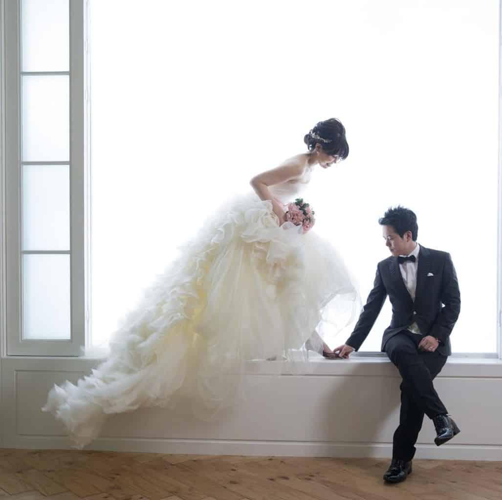 花嫁の体型や悩みを解決♡似合うウェディングドレスの選び方ポイントのカバー写真