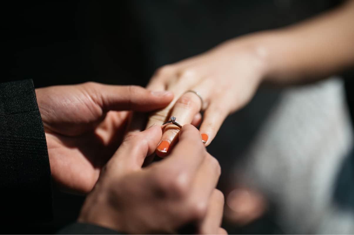 婚約指輪は安いものでもいい?5万・10万・20万*予算別おすすめ格安ブランド10選!のカバー写真 0.6655601659751037