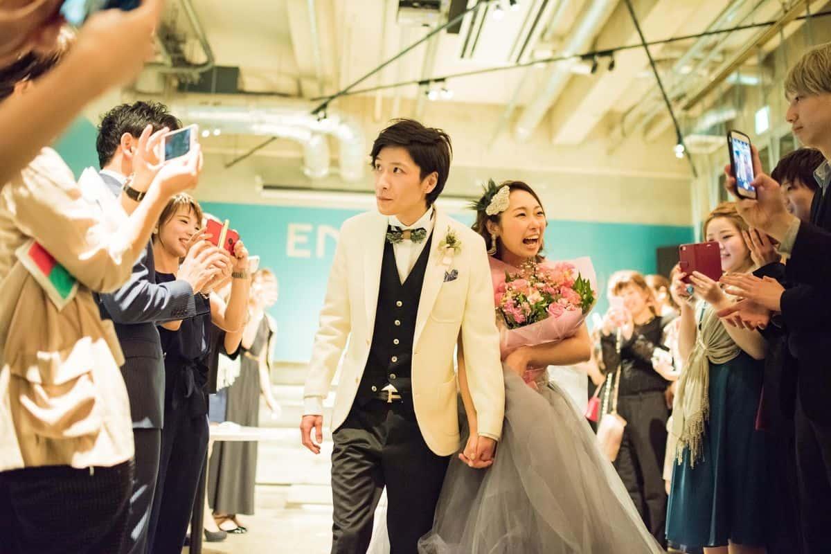 【結婚式の二次会】会費の相場いくら?男女で変えるべき?のカバー写真 0.6666666666666666