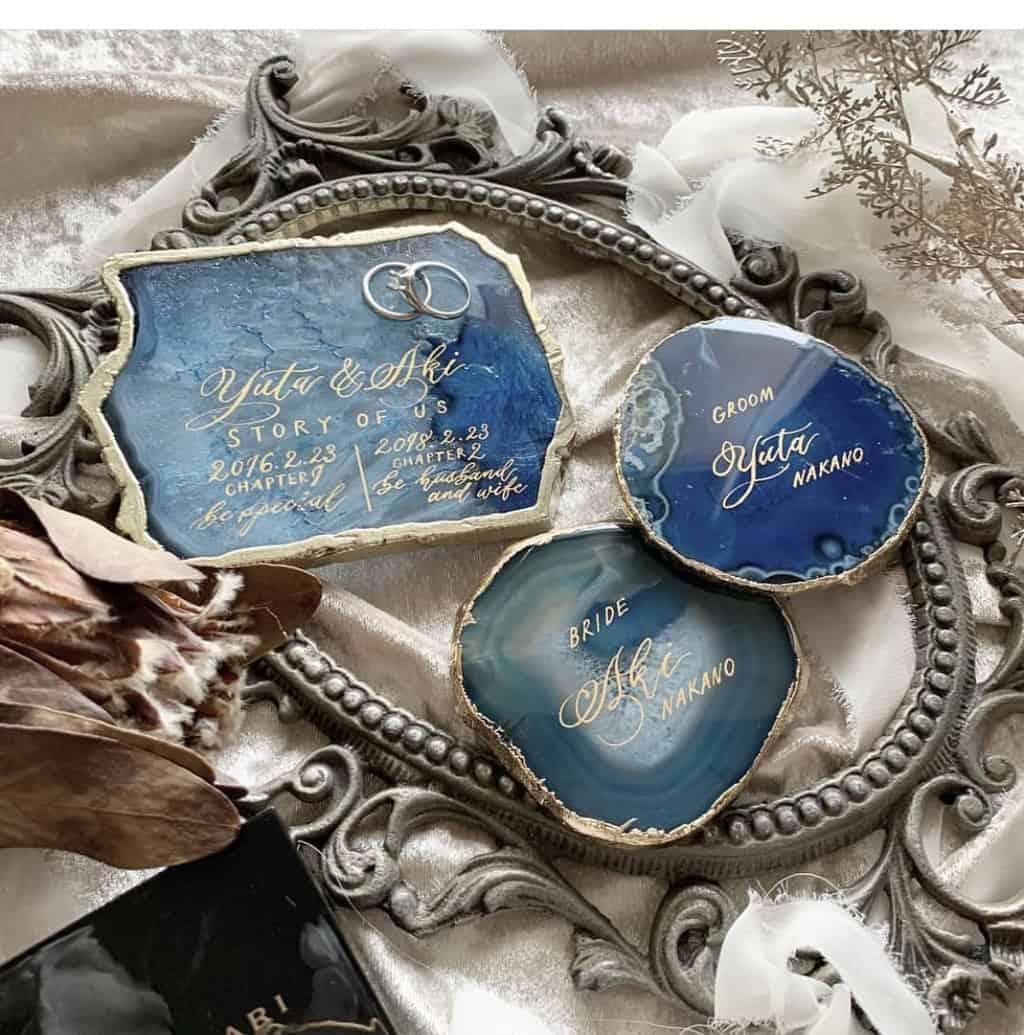 リングピローの進化版!リングプレートの可愛いデザイン紹介♡のカバー写真 1.0107421875