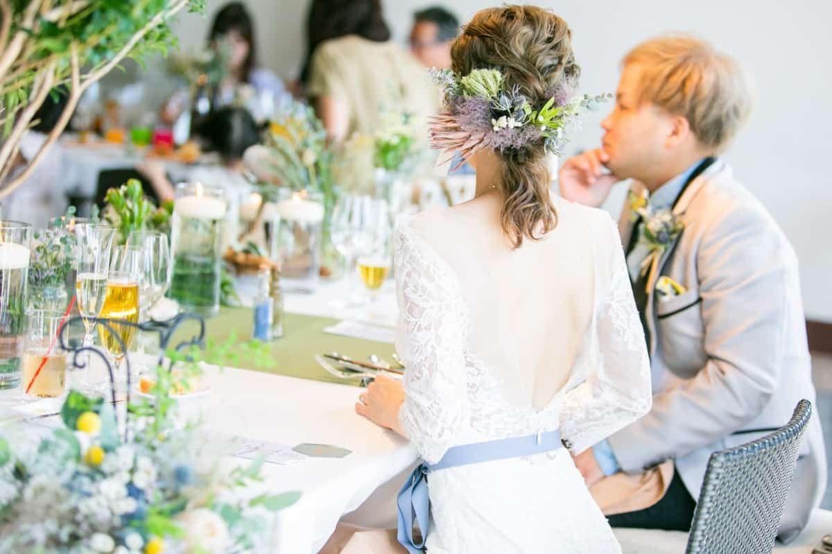 【ミディアム】花嫁の髪型23選♡実はアレンジ自在のヘアスタイルって知ってた?のカバー写真 0.6658333333333334