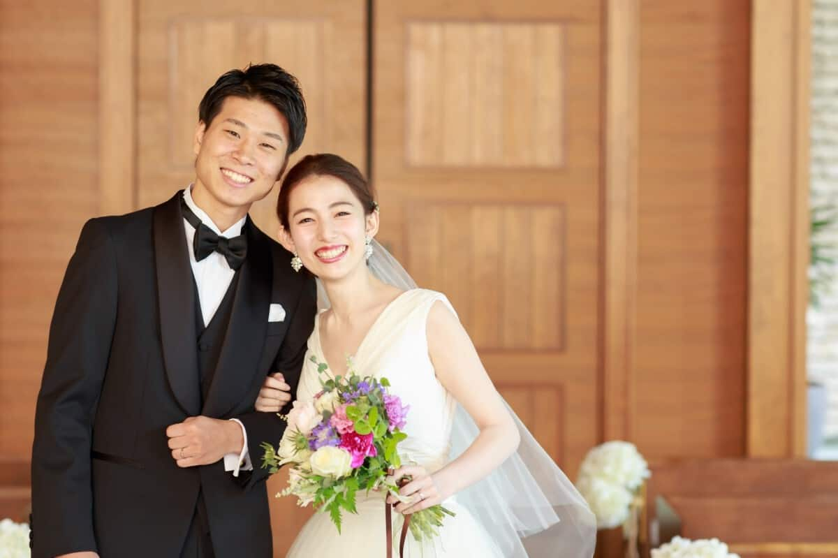 《パレスホテル東京・葉山ホテル音羽の森別邸など》人気のマイレポ花嫁さん特集♡のカバー写真 0.6658333333333334