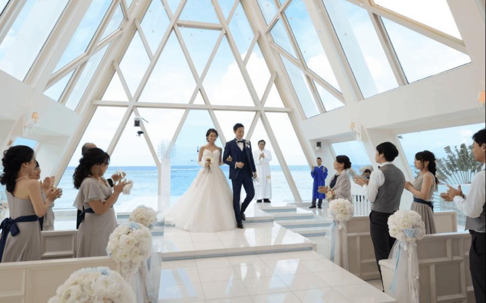 【グアム挙式】家族で結婚式するなら?費用から手配、人気チャペルまで紹介!のカバー写真