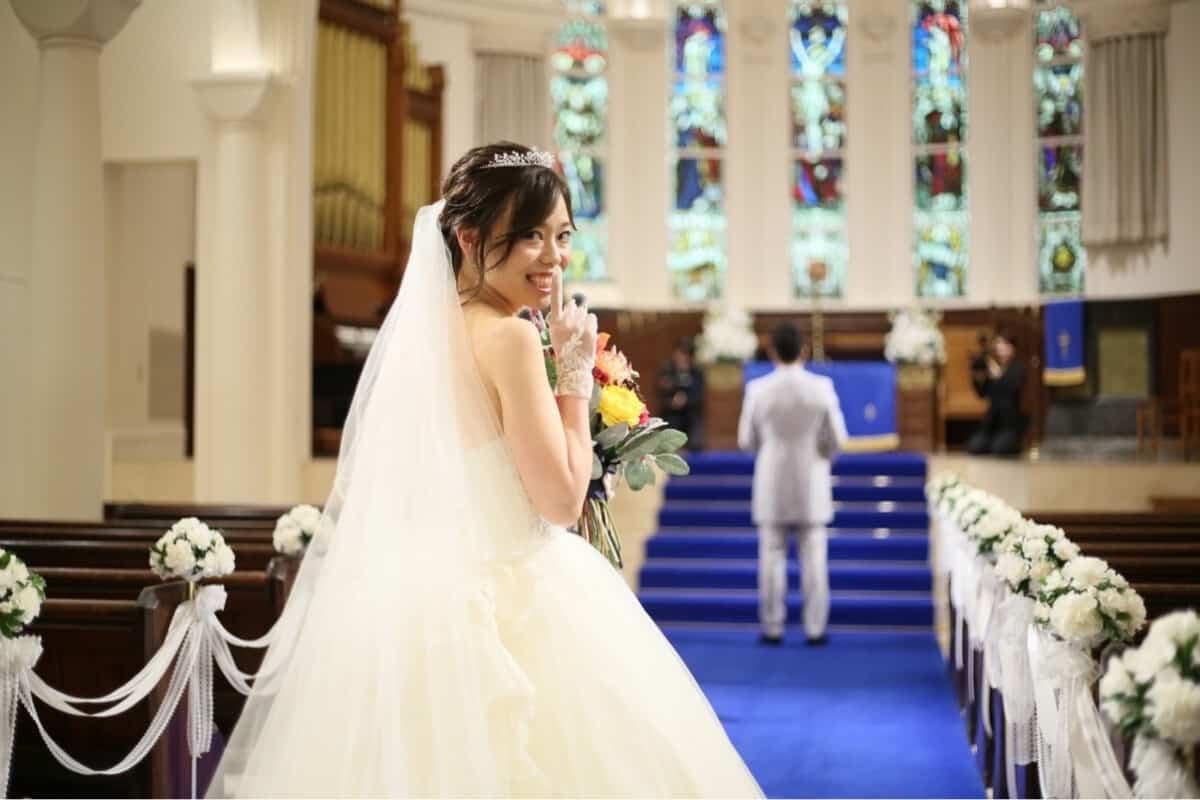 結婚式をアニヴェルセル ヒルズ横浜に決めた理由!迷った式場はどこ?ny0708weddingさんにインタビュー♡゛のカバー写真