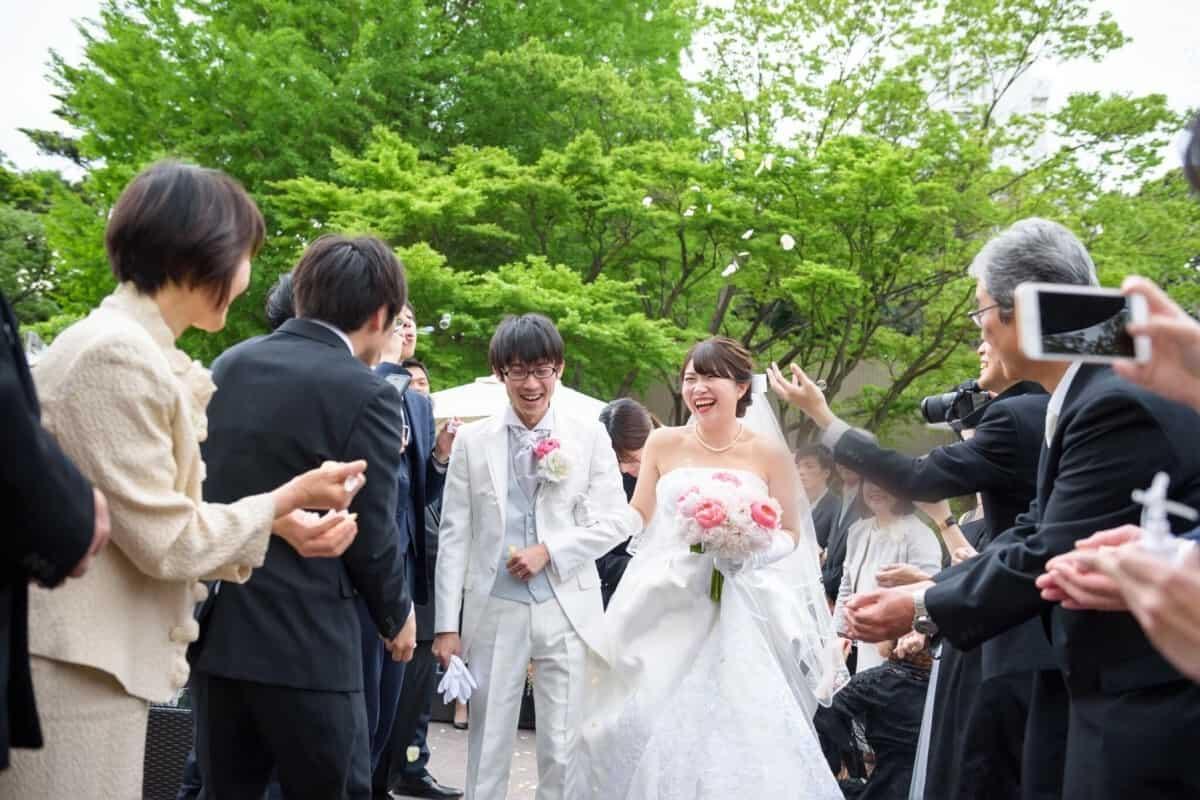 結婚式をザ ランドマークスクエアトーキョーに決めた理由!迷った式場はどこ?risa.wd.2018さんにインタビュー♡のカバー写真