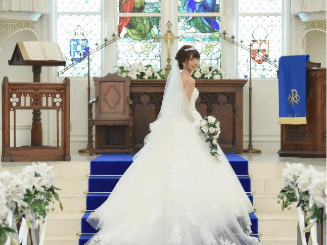 結婚式場をアニヴェルセル表参道に決めた理由!迷った式場はどこ?k.m_20181020s2さんにインタビュー♡のカバー写真 0.7518910741301059