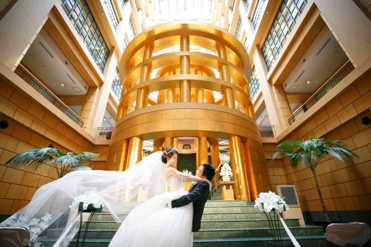 結婚式場をハイアットリージェンシー福岡に決めた理由!迷った式場はどこ?hotate_weddingさんにインタビュー♡のカバー写真