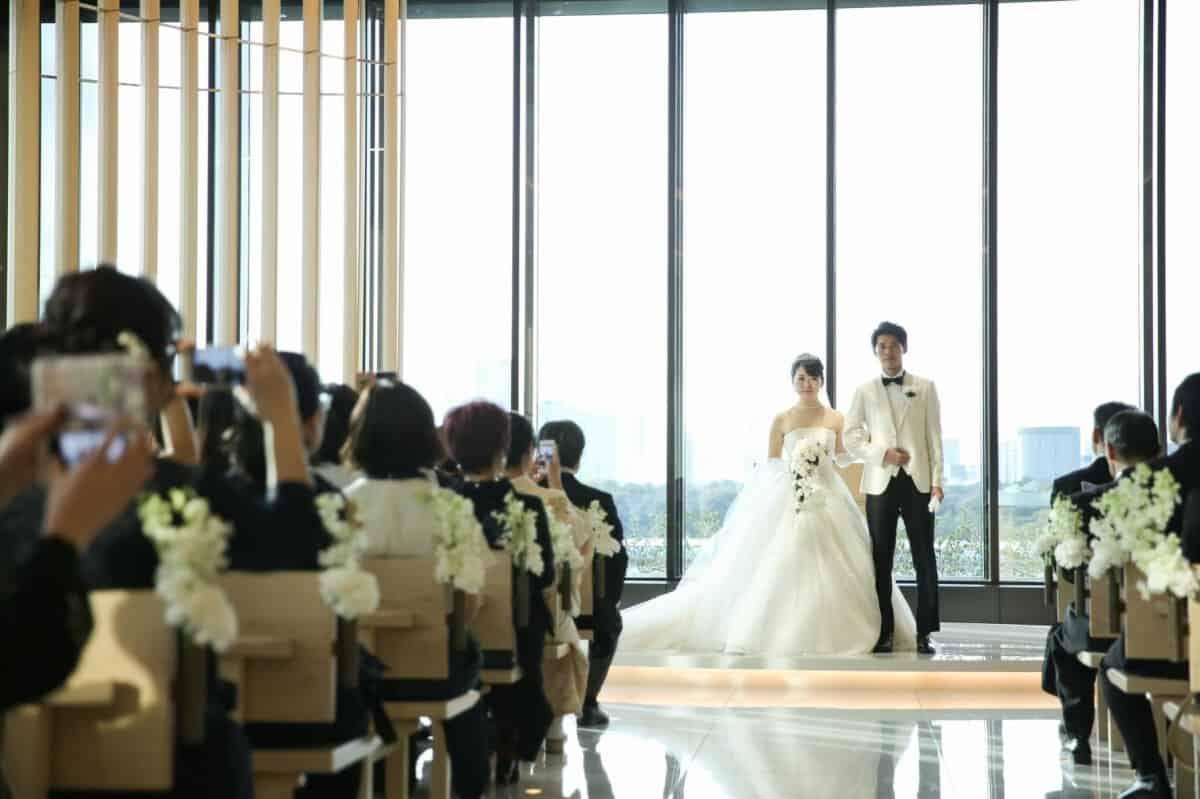 結婚式場を東京會舘に決めた理由!迷った式場はどこ?erica_wedさんにインタビュー♡のカバー写真