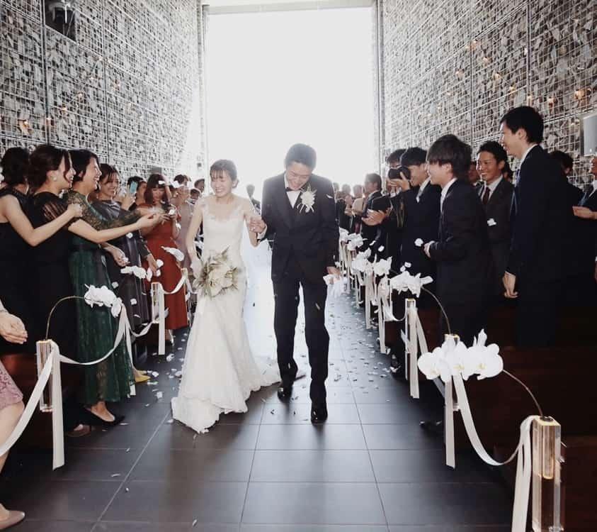 結婚式場を北野クラブ・ソラ KITANO CLUB SOLAに決めた理由!迷った式場はどこ?_knkn722さんにインタビュー♡のカバー写真 0.8896797153024911
