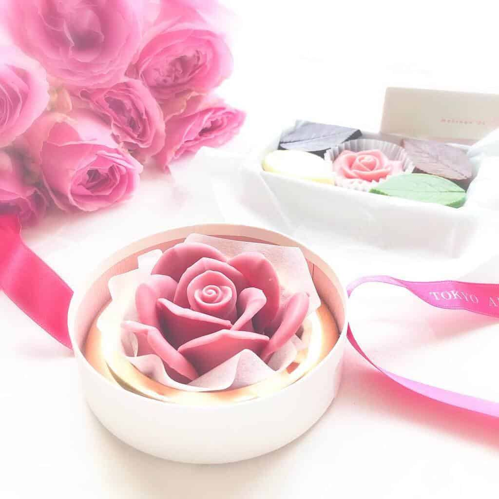 【メサージュ・ド・ローズ】のチョコレートが本物のバラのよう♡人気アイテムを紹介!のカバー写真