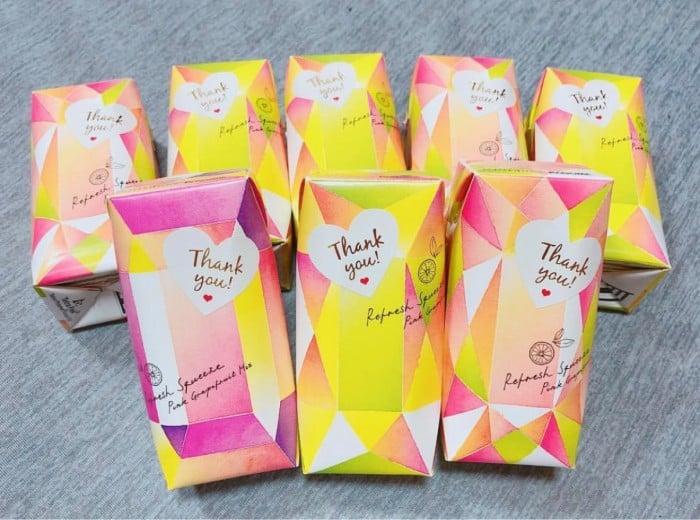 カラフルでかわいい♡プチギフトにリフレッシュスクイーズはいかが?のカバー写真 0.7428571428571429