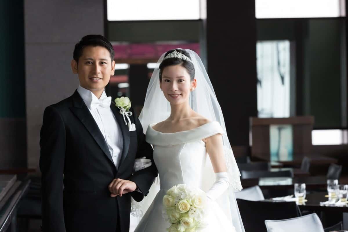 結婚式場をパーク ハイアット 東京に決めた理由!迷った式場はどこ?momo6weddingさんにインタビュー♡のカバー写真