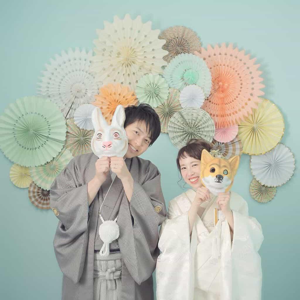 【ペーパーファン】の花嫁DIYは100均でおしゃれに♡作り方&先輩花嫁の実例35選のカバー写真