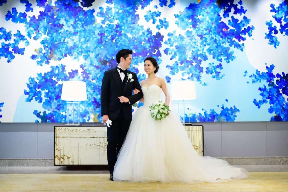 東京で【オトナ婚】が挙げられる結婚式場!上質な結婚式を挙げたいあなたへのカバー写真 0.6666666666666666
