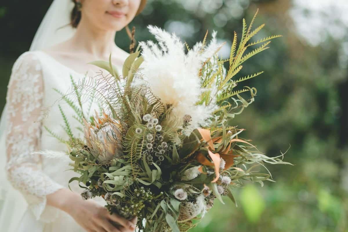 ブーケや装花に取り入れたい!【11月】の誕生花と花言葉総まとめ♡のカバー写真