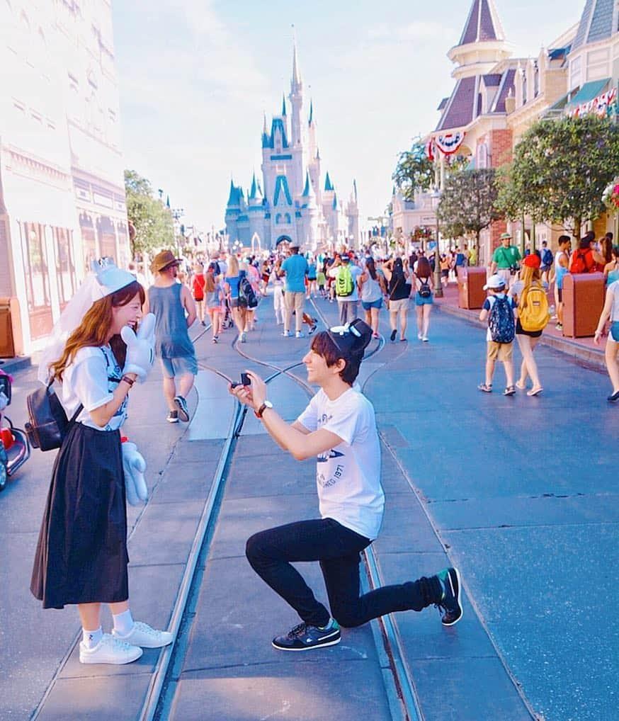 ディズニーでプロポーズを成功させたい!おすすめスポット&必須アイテムとは?のカバー写真