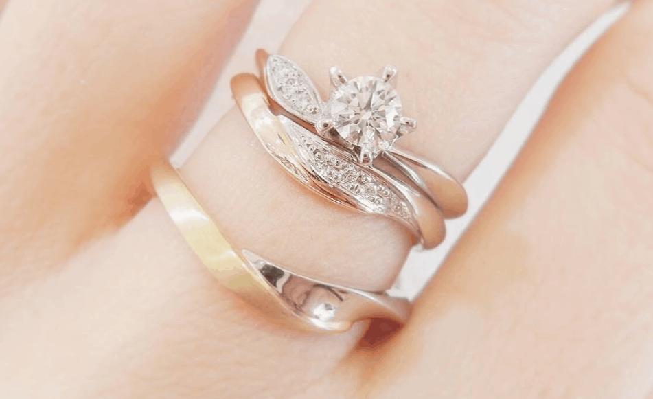婚約指輪と結婚指輪の重ねづけが可愛すぎる♡「LAPAGE」で見つける理想の指輪♡のカバー写真