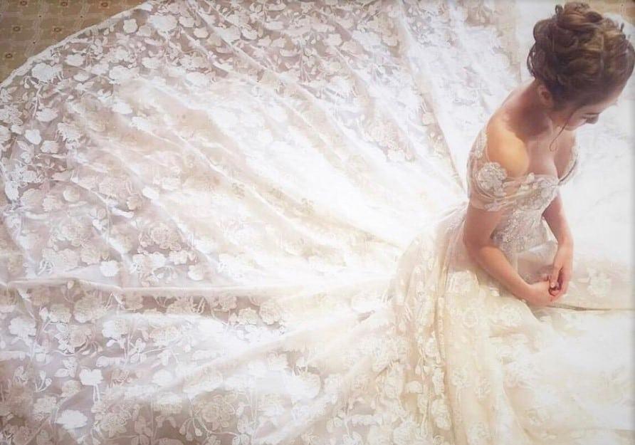 公式インスタで紹介した♡ウェディングドレスのおすすめデザイン15選のカバー写真