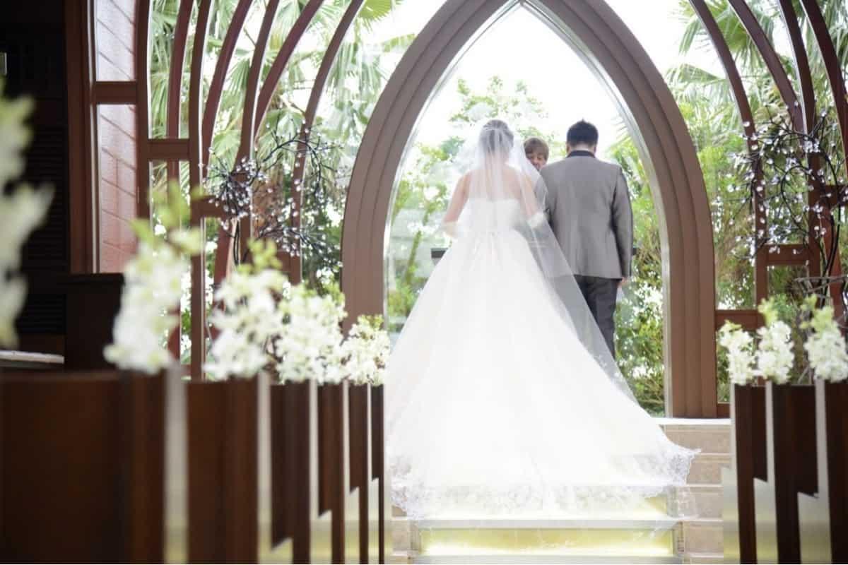 喪中の結婚式はあり?なし?疑問&結婚報告マナーを徹底解説!のカバー写真