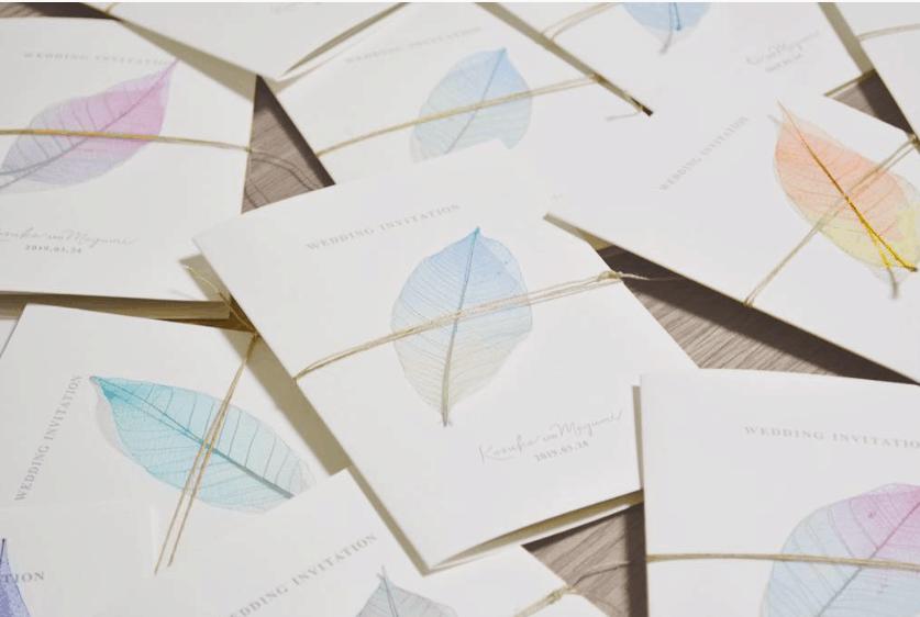 【DIY動画あり】スケルトンリーフが使える♩結婚式をおしゃれに彩るアイデア15選のカバー写真