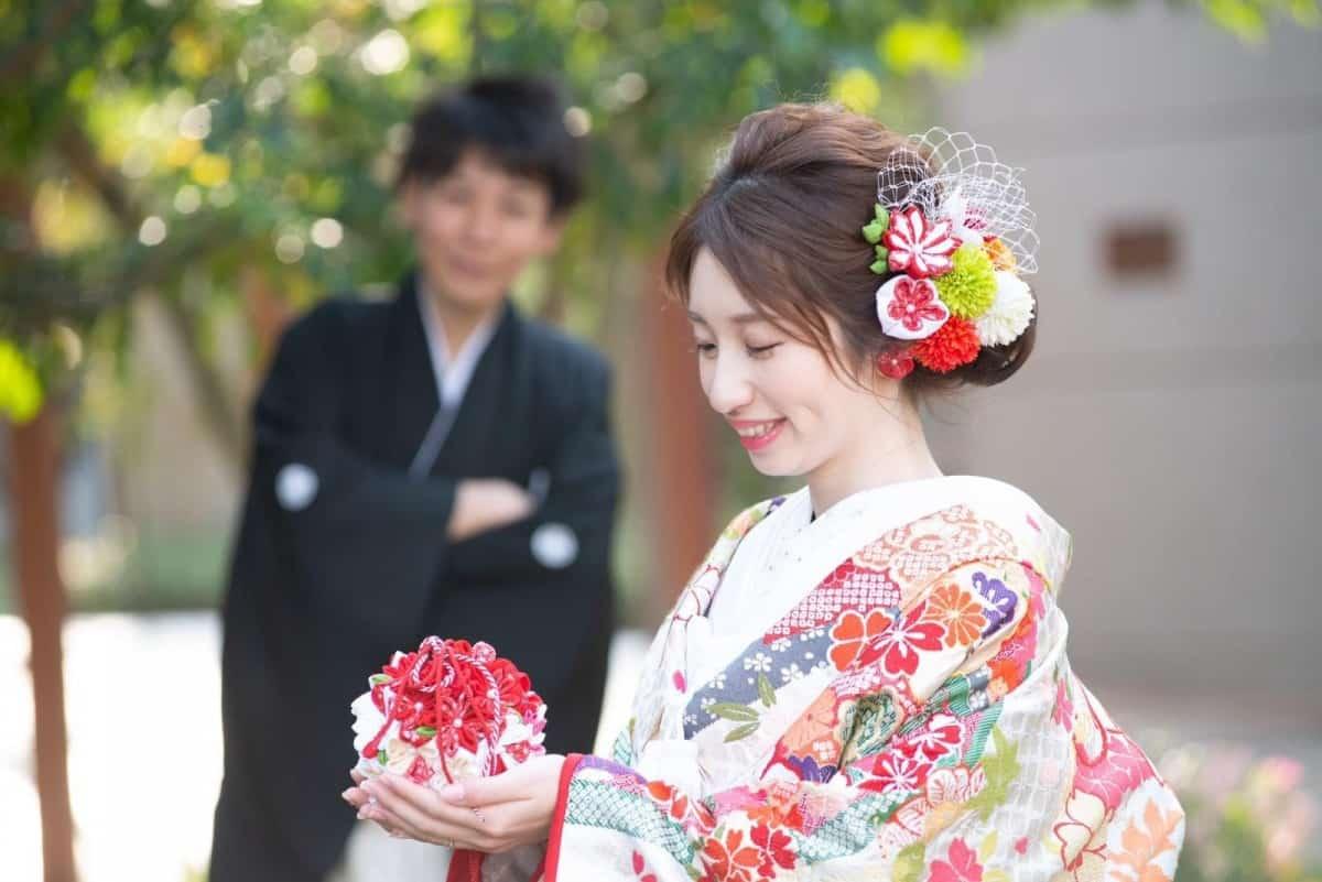 花嫁DIY♡和装で持ちたい【ボールブーケ】の作り方♩*のカバー写真