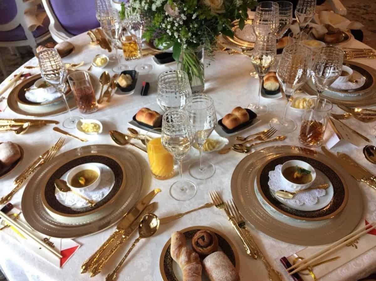【結婚式の料理】の相場はいくら?失敗しないメニューの選び方のカバー写真 0.7491666666666666