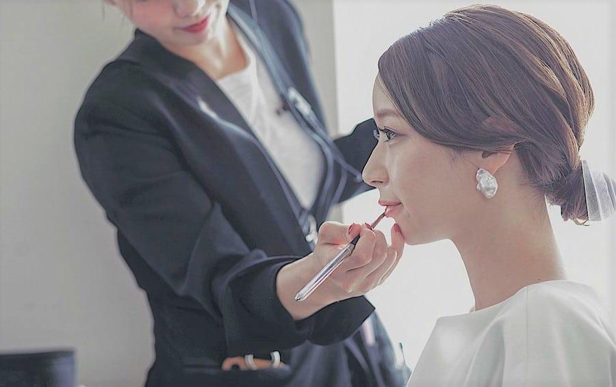上品かつオシャレで人気*パールのイヤリングでさらに魅力的な花嫁に!のカバー写真