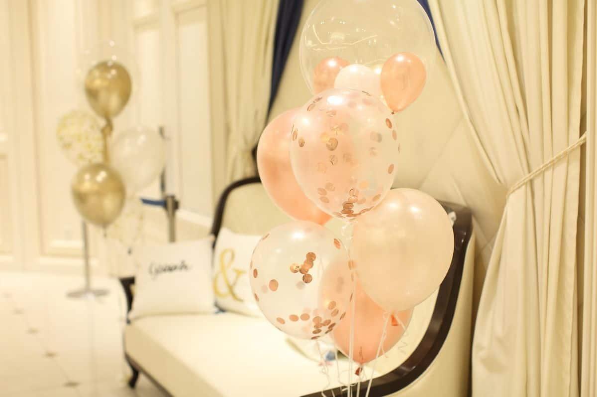 紙ふぶき入りの風船【コンフェッティバルーン】を100均で花嫁DIY♡のカバー写真 0.6658333333333334