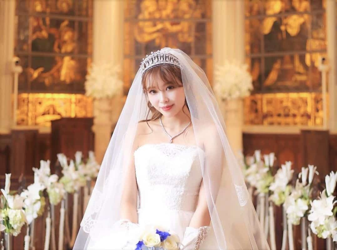豪華絢爛*高さのあるティアラが大人花嫁さんに人気♡のカバー写真