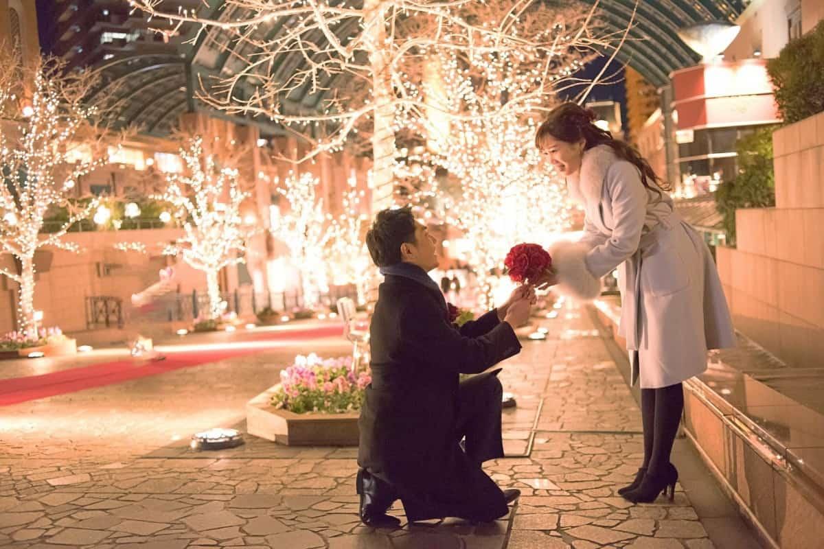 プロポーズを成功させる方法まとめ♡彼女を喜ばす4つの準備とはのカバー写真 0.6666666666666666