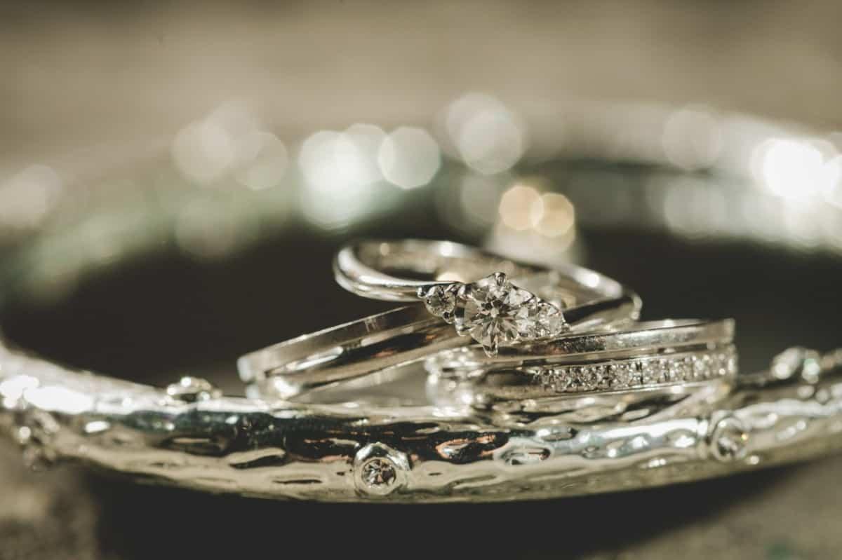 クリスチャンバウアーで一生ものの結婚指輪を♡3つのこだわりとおすすめデザイン&口コミ評価のカバー写真 0.6658333333333334