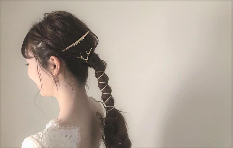 お洒落花嫁さん必見!今トレンドの《革ひも・リボン》を使ったヘア♡のカバー写真