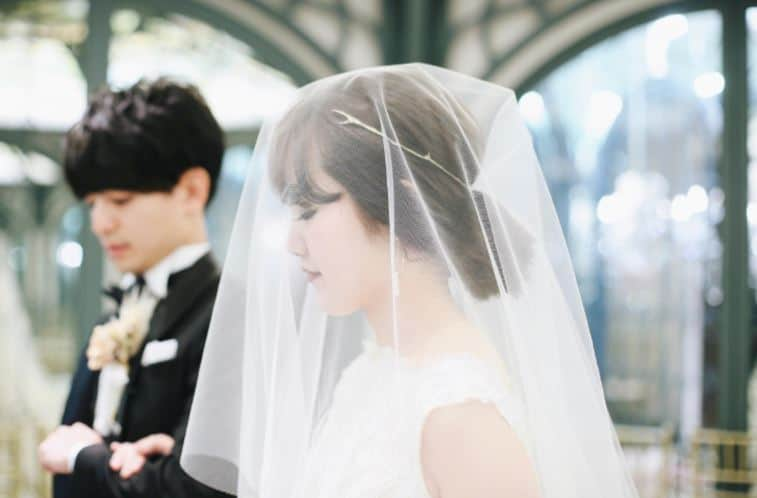 女性の結婚年齢が法律で18歳に?早婚と晩婚で幸せに差がつくか検証のカバー写真