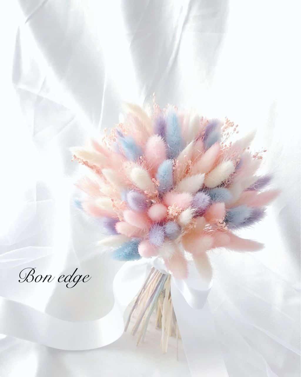 ふわふわ可愛い♡ラグラスを使ったウェディングブーケが魅力的*⁺のカバー写真