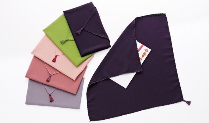《袱紗は紫がおすすめ》慶弔両用でつかえる便利な1枚!包み方までマスターのカバー写真