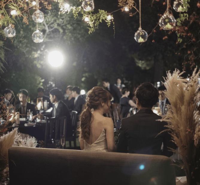 エルブラム(ELBRAM)で結婚式の写真共有しよう!利用方法やサービスを紹介【口コミあり】のカバー写真 0.9221556886227545