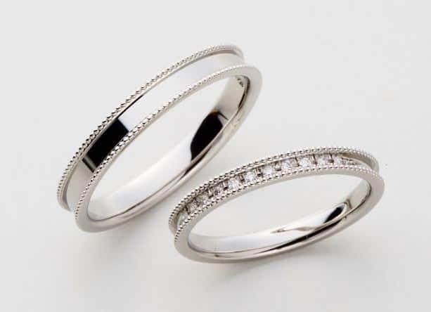 ミル打ち結婚指輪で後悔しない?意味や特徴を知りデメリットにも対処を♡のカバー写真