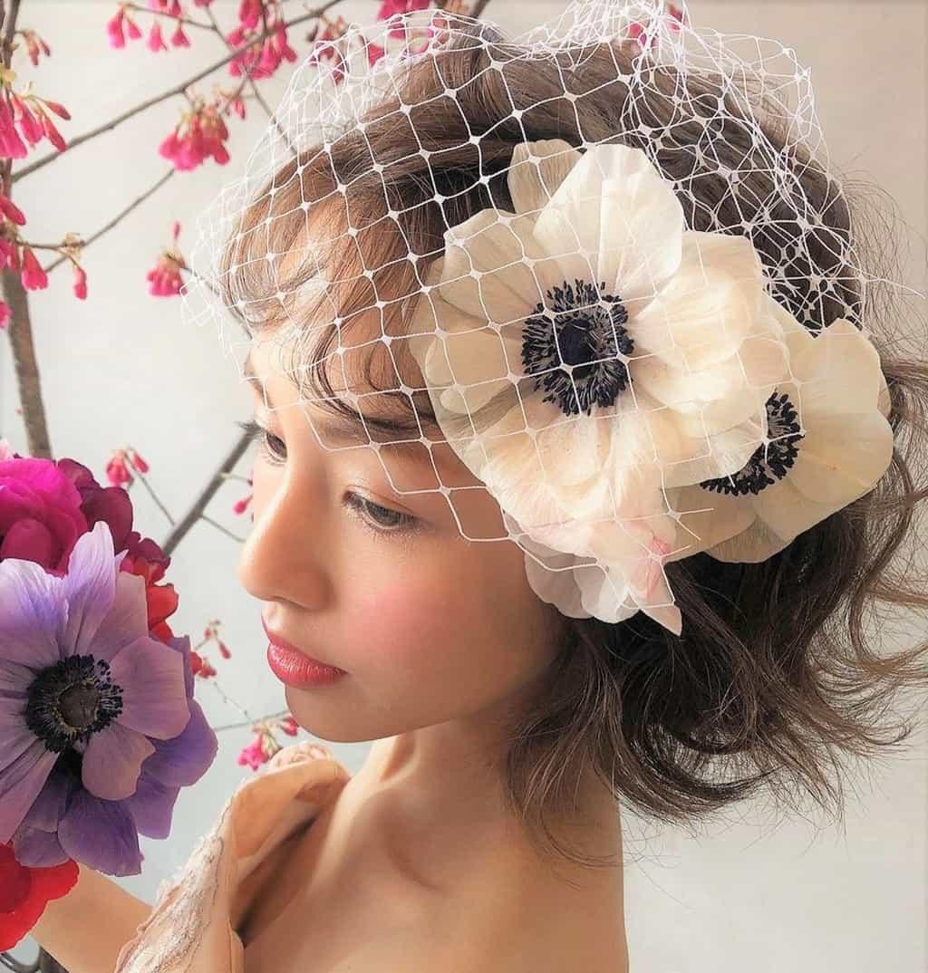 ふんわり軽い印象に♡ショートチュールを使ったヘアアレンジ15選のカバー写真