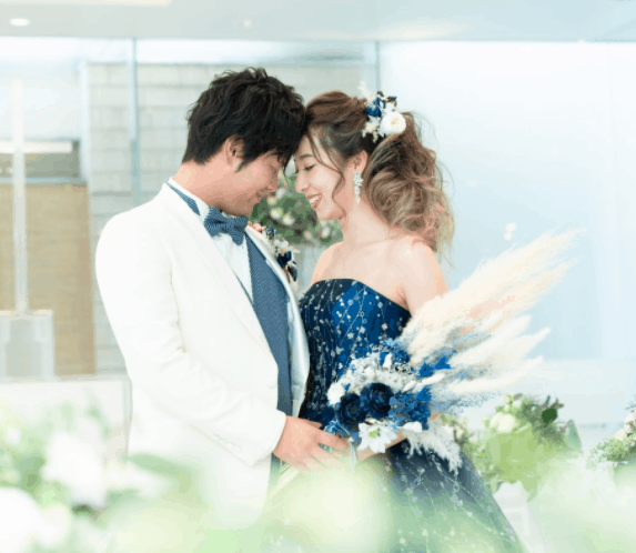 《ザ・リッツ・カールトン大阪・青山セントグレース大聖堂など》人気のマイレポ花嫁さん特集♡のカバー写真