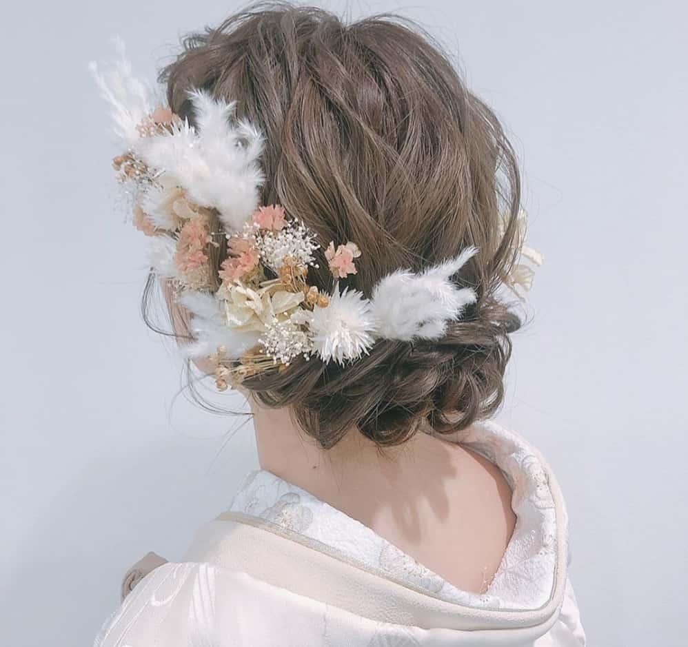 和装結婚式に人気の髪飾り特集♡衣装とヘアスタイルに合わせて選ぼうのカバー写真