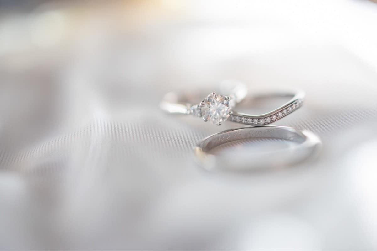 結婚 婚約 違い 指輪 の と 指輪