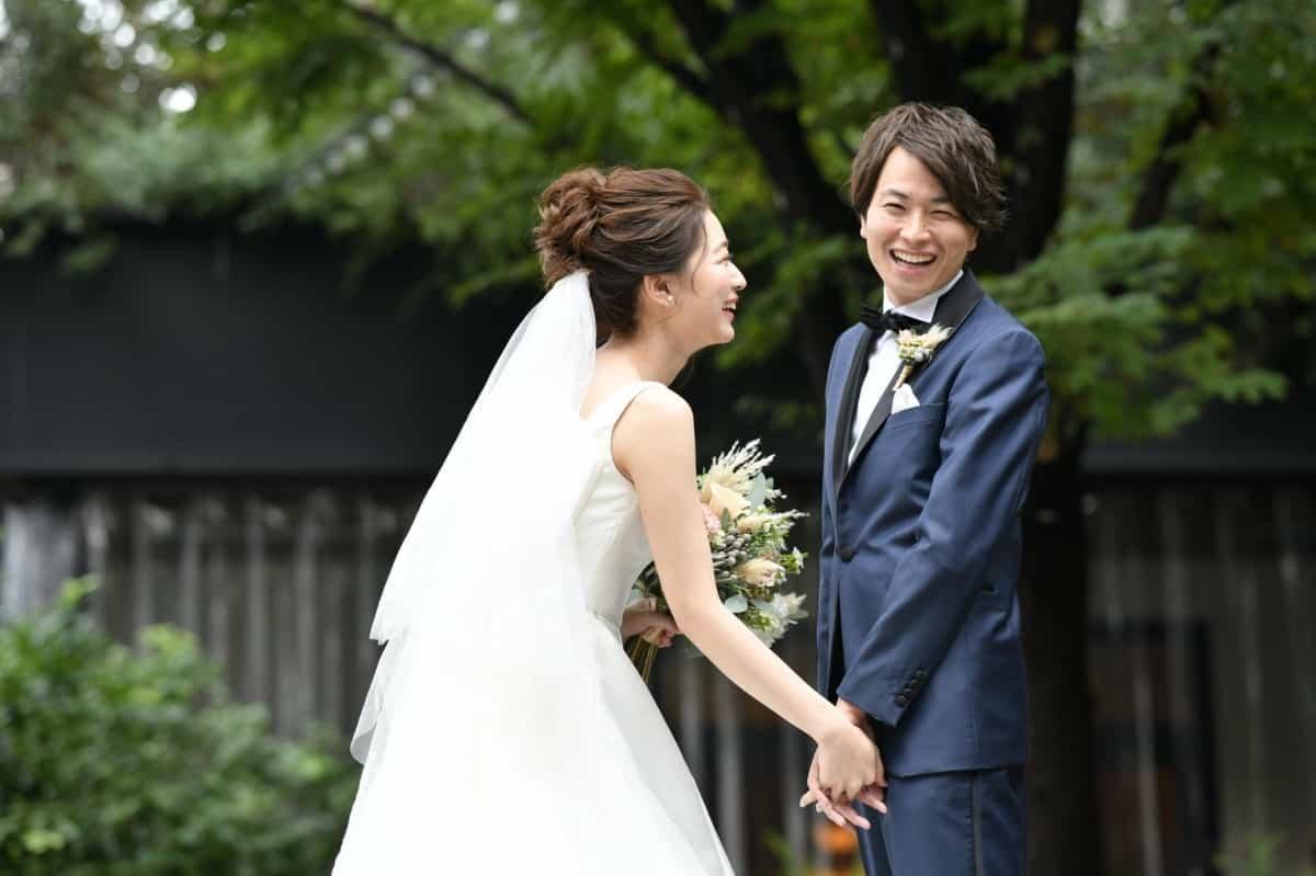 台風の直撃で結婚式は最悪中止に!?ゲストや式場への緊急対策5つのカバー写真