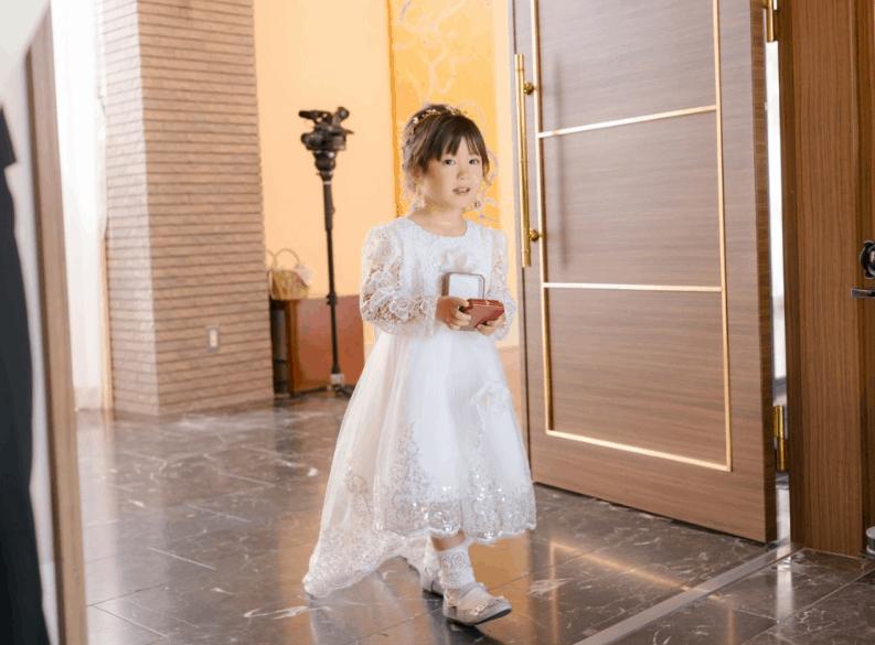 結婚式の子供ドレス購入にオススメ10選♡レンタルショップも紹介*のカバー写真