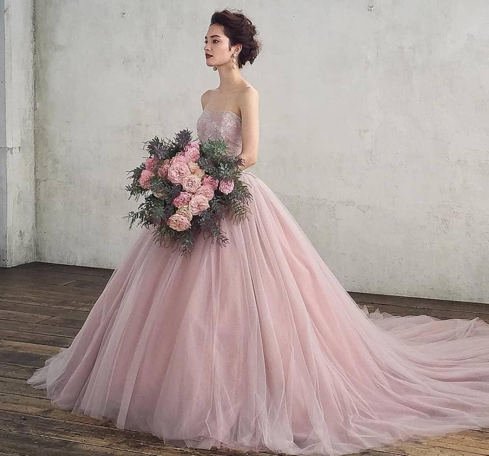 ハツコエンドウの素敵なドレス20選♡マイレポ花嫁さんの口コミをご紹介のカバー写真 0.9327983951855566