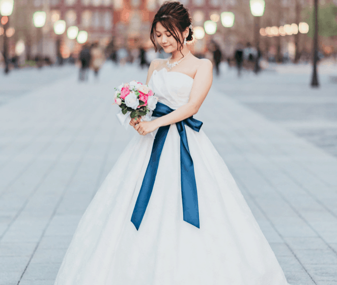 AIMER(エメ)のウエディングドレス16選♡先輩花嫁の着こなしをチェック!のカバー写真