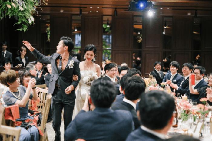 結婚式のBGMにぴったり!安室奈美恵のおすすめ曲 15選のカバー写真 0.6657142857142857