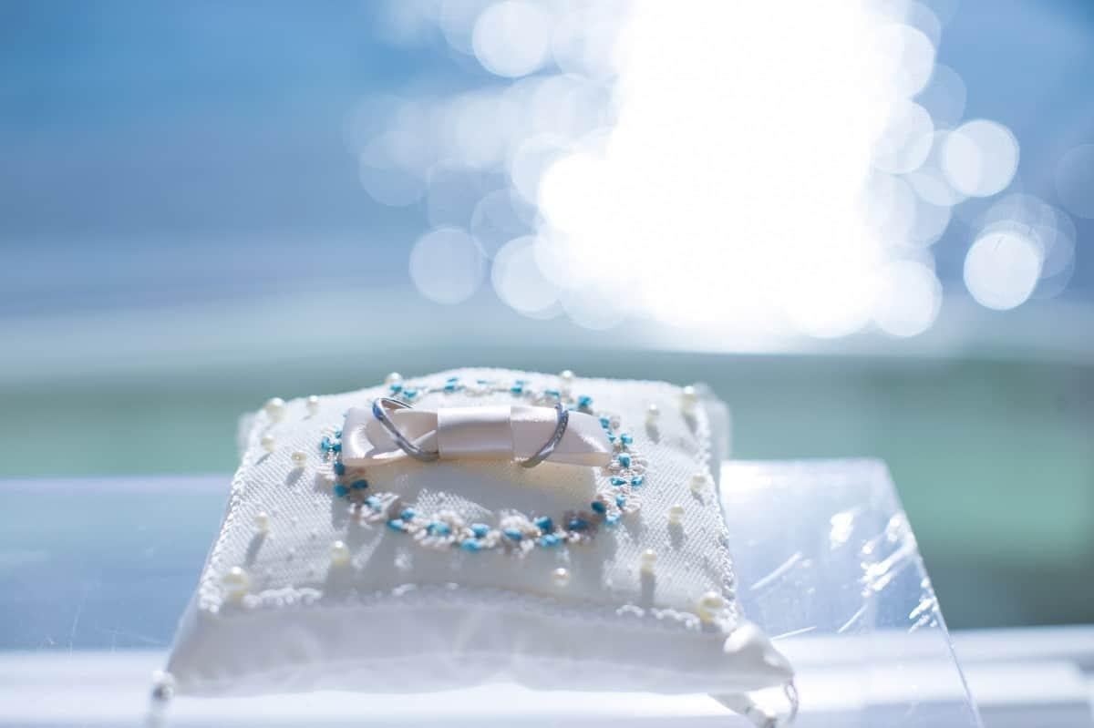 沖縄で婚約指輪・結婚指輪を探すならココ!~おすすめのショップ8選~のカバー写真