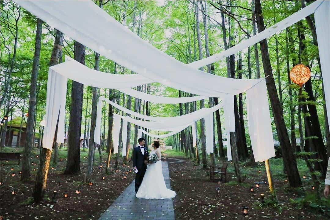 軽井沢で少人数結婚式がしたい♡可能な会場をジャンル別に紹介!のカバー写真